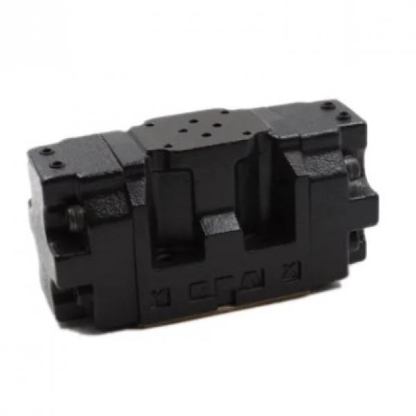 Vickers DG5V-7-6C-M-U-H7-30 Electro Hydraulic Valve #1 image