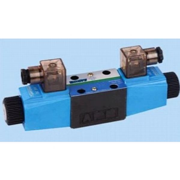 Vickers DG5S4-0431C-T-E-M-U-H5-60/H7-11 Electro Hydraulic Valve #2 image